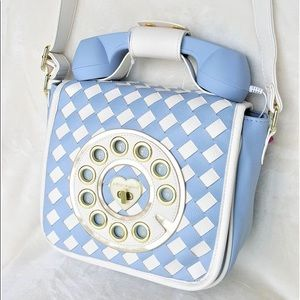 Betsey Johnson Bags - Betsey Johnson Phone Crossbody Bag